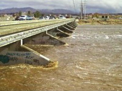 ABC7 viewer Dave O&#39;Donnell sent in this photo of the Mojave River in Victorville on Wednesday, Dec. 22, 2010.   When You Witness breaking news, or even something extraordinary, send pictures and video to video@myabc7.com, or send them to @abc7 on Twitter <span class=meta>(ABC7 viewer Dave O&#39;Donnell)</span>