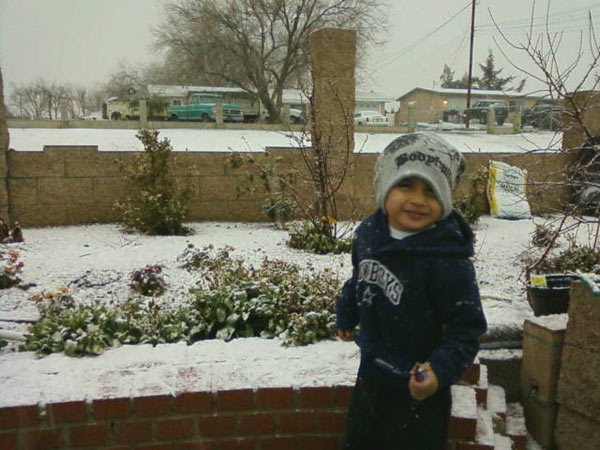 ABC7 viewer Bianca Palomares sent in this photo of snow in Hesperia, Calif. on Sunday Jan. 2, 2011.  When You Witness breaking news, or even something extraordinary, send pictures and video to video@myabc7.com, or send them to @abc7 on Twitter <span class=meta>(ABC7 viewer Bianca Palomares)</span>
