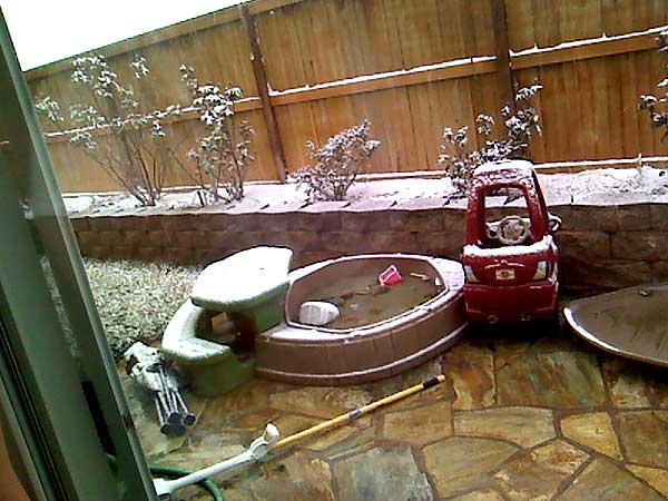 ABC7 viewer Elizabeth Strong sent in this photo of snow in Rosamond, Calif. on Sunday Jan. 2, 2011.  When You Witness breaking news, or even something extraordinary, send pictures and video to video@myabc7.com, or send them to @abc7 on Twitter <span class=meta>(ABC7 viewer Elizabeth Strong)</span>