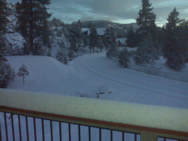 ABC7 viewers from the Reed Family sent in this photo of snow in Big Bear on Sunday Jan. 2, 2011.  When You Witness breaking news, or even something extraordinary, send pictures and video to video@myabc7.com, or send them to @abc7 on Twitter <span class=meta>(ABC7 viewer Reed Family)</span>