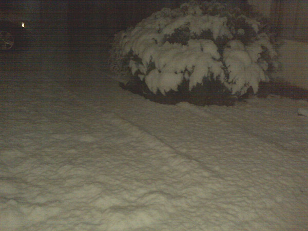 ABC7 viewer BJ Hudson sent in this photo of snow...
