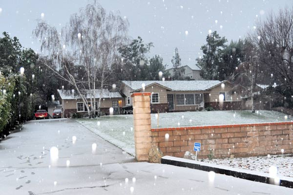 ABC7 viewer Lynda Hill sent in this photo of snow in Newhall, Calif. on Sunday Jan. 2, 2011.  When You Witness breaking news, or even something extraordinary, send pictures and video to video@myabc7.com, or send them to @abc7 on Twitter <span class=meta>(ABC7 viewer Lynda Hill)</span>