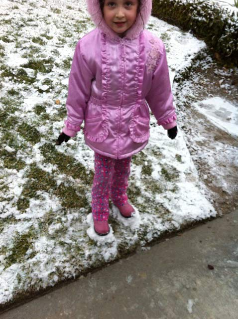 An ABC7 viewer sent in this photo of Anna standing in the snow in Stevenson Ranch on Monday Jan. 3, 2011.  When You Witness breaking news, or even something extraordinary, send pictures and video to video@myabc7.com, or send them to @abc7 on Twitter <span class=meta>(ABC7 viewer)</span>