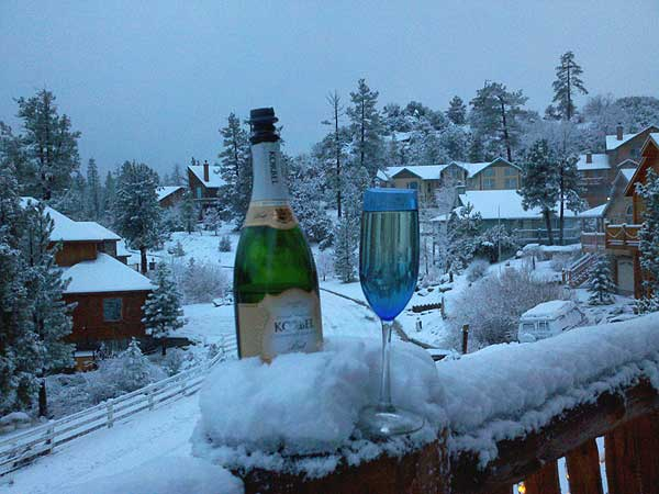 ABC7 viewer Wendy Corey sent in this photo of snow in Big Bear, Calif. on Saturday Feb. 26, 2011.  When You Witness breaking news, or even something extraordinary, send pictures and video to video@myabc7.com, or send them to @abc7 on Twitter  <span class=meta>(KABC photo&#47; Wendy Corey)</span>