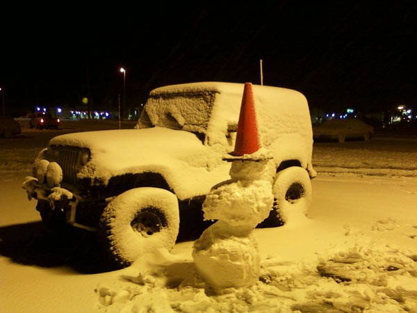 ABC7 viewers Justin Hale and Daniel Hansen sent in this photo of a snow-covered jeep and a snowman in Lebec, Calif. on Monday, March 21, 2011. &#160;When you witness breaking news happen, send your photos to video@myabc7.com, or send them to @abc7 on Twitter <span class=meta>(ABC7 viewers Justin Hale and Daniel Hansen)</span>
