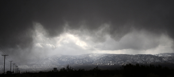 Gene Blevins of the L.A. Daily News took this photo of cloud formations in the desert area of Lake Los Angeles along Highway 18 on Thursday, Dec. 15, 2011. &#160;When you witness breaking news happen, send your photos to video@myabc7.com, or send them to @abc7 on Twitter <span class=meta>(KABC Photo&#47; Gene Blevins of L.A. Daily News)</span>