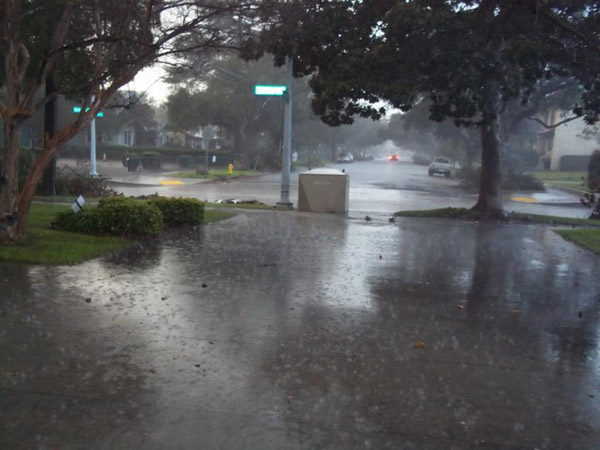 ABC7 viewer Tiffany Duenas posted this photo to the ABC7 Facebook wall of rain in Pasadena in front of the Lamanda Park Library on Thursday, Dec. 15, 2011. &#160;When you witness breaking news happen, send your photos to video@myabc7.com, or post them to the ABC7 Weather Facebook page <span class=meta>(KABC Photo&#47; ABC7 viewer Tiffany Duenas)</span>