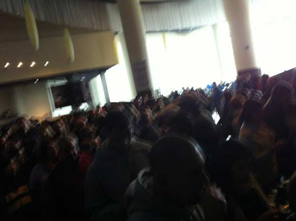 "<div class=""meta ""><span class=""caption-text "">ABC7 viewer Walter Codesido posted this photo on the ABC7 Facebook page of a power outage at Arclight Cinemas in Sherman Oaks as a powerful storm passed over Southern California on Sunday March, 25, 2012.  When You Witness breaking news, or even something extraordinary, send pictures and video to video@myabc7.com, or send them to @abc7 on Twitter or our ABC7 Facebook page. (ABC7 viewer Walter Codesido)</span></div>"