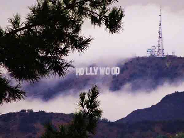 ABC7 viewer Shiny Diamond sent in this photo of the Hollywood sign from the Silver Lake&#47;Hollywood Hill area via Facebook on Saturday, March 1, 2014. When You Witness breaking news, or even something extraordinary, send pictures and video to video@abc7.com, or post them to the ABC7 Facebook page or to @abc7 on Twitter  <span class=meta>(Shiny Diamond)</span>