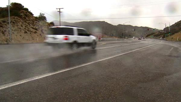 SoCal heat wave continues with rain, thunder
