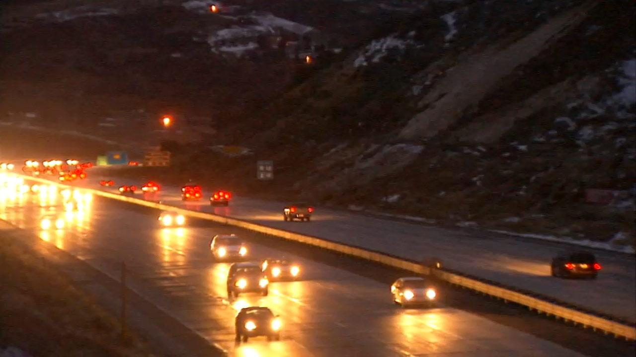A steady flow of traffic moves on Interstate 5 through the Grapevine on Saturday, Dec. 29, 2012.