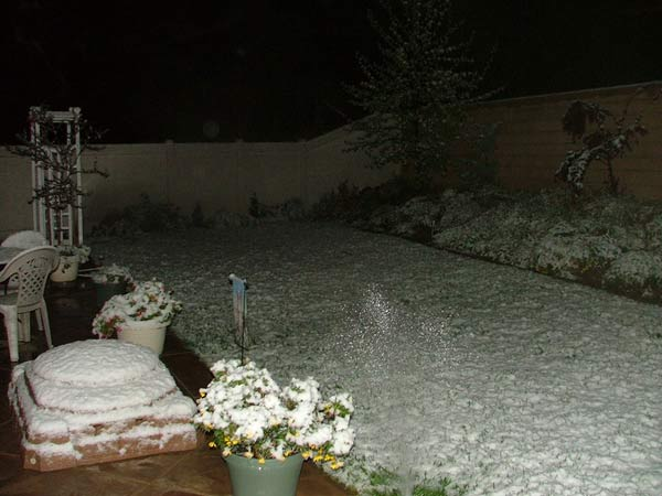 "<div class=""meta ""><span class=""caption-text "">ABC7 viewer Karla Frame sent in this photo of hail in Beaumont, Calif. on Friday, April 8, 2011.  When You Witness breaking news, or even something extraordinary, send pictures and video to video@myabc7.com, or send them to @abc7 on Twitter  (KABC photo/ Karla Frame)</span></div>"