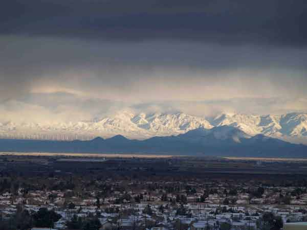 ABC7 viewer Dennis Main sent in this photo of the Tehachapi Mountains on Saturday Feb. 26, 2011.  When You Witness breaking news, or even something extraordinary, send pictures and video to video@myabc7.com, or send them to @abc7 on Twitter <span class=meta>(KABC photo&#47; Dennis Main)</span>