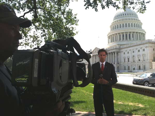 Eyewitness News reporter Elex Michaelson is shown at the United States Capitol on Aug. 24, 2011. <span class=meta>(KABC)</span>