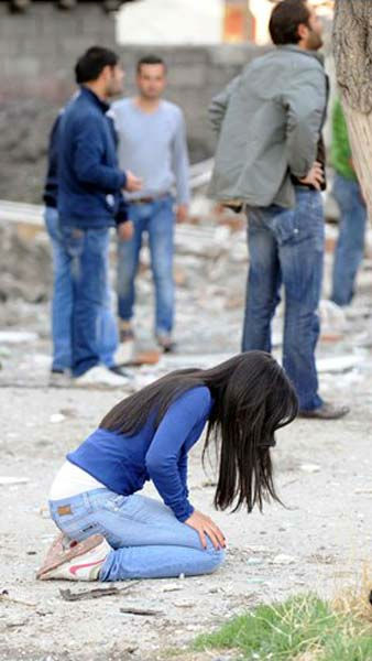 Shocked people seen in the city center  of Van after a powerful earthquake struck eastern Turkey Sunday Oct. 23, 2011 , collapsing some buildings and causing a number of deaths, an official said.  <span class=meta>(AP Photo&#47; Abdurrahman Antakyali)</span>