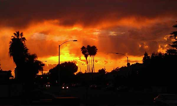 ABC7 viewer Evelyn Kwong sent in this photo of clouds at Temple City, Calif. on Friday Sept. 30, 2011.  When You Witness breaking news, or even something extraordinary, send pictures and video to video@myabc7.com, or send them to @abc7 on Twitter <span class=meta>(KABC photo&#47; Evelyn Kwong)</span>