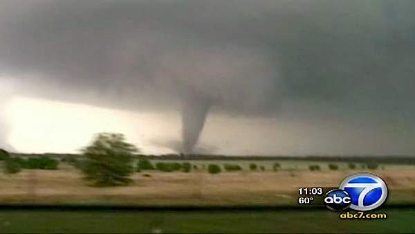 Deadly twisters hit Oklahoma City