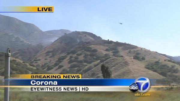 A 35-acre brush fire erupted Wednesday afternoon just south of the 91 Freeway in western Riversi