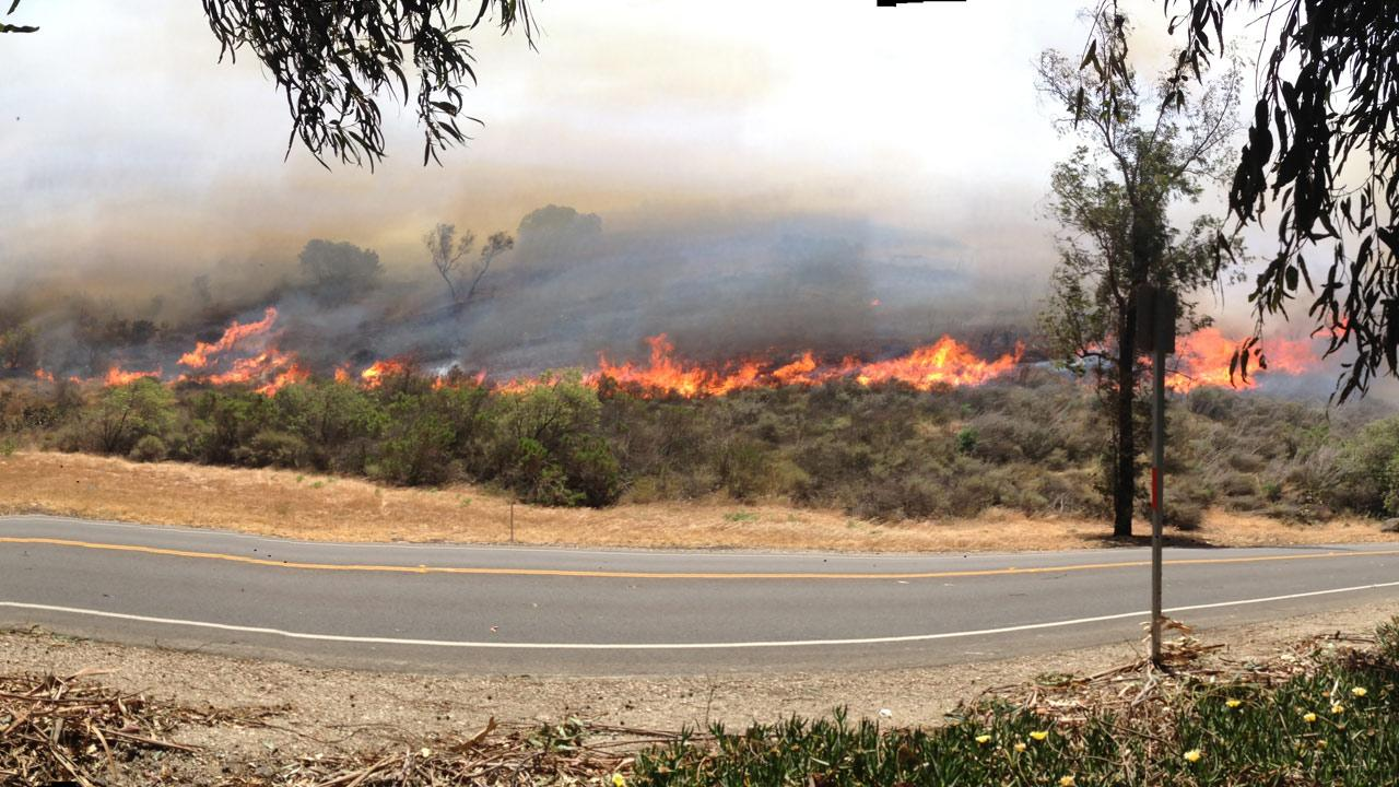 ABC7 viewer Enrique Padron sent in this photo of a wildfire burning in Camarillo on Thursday, May 2, 2013.Enrique Padron