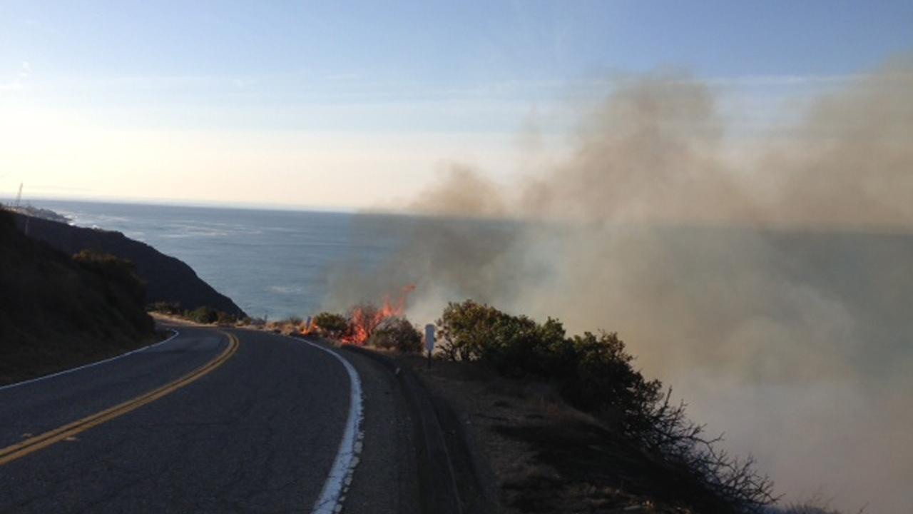 The Springs Fire can be seen from Deer Creek Road near Malibu on Friday, May 3, 2013. <span class=meta>(Darsha Philips)</span>