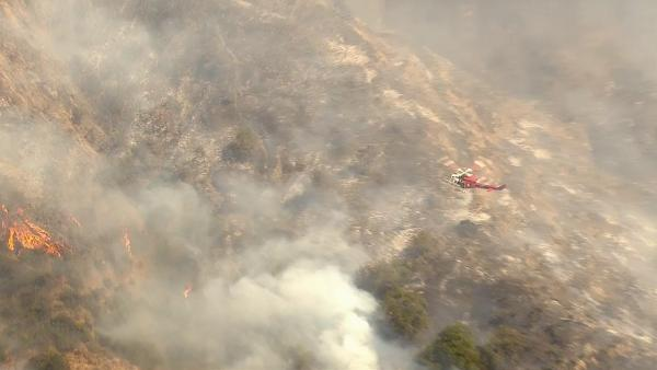 A brush fire erupted in Glendale near t