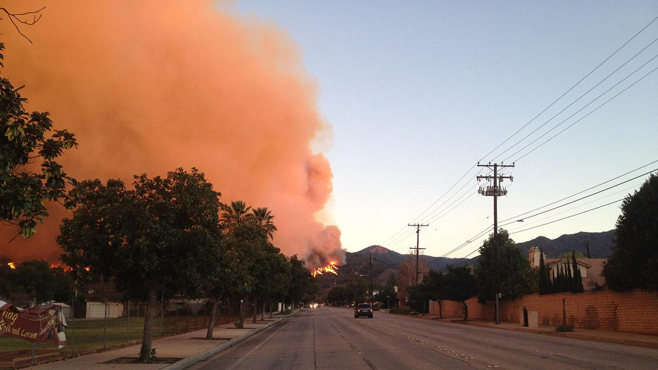 ABC7 viewer Daniel Olmos sent in this photo of the Colby Fire burning in the foothills above the Glendora and Azusa area on Thursday, Jan. 16, 2014. <span class=meta>(ABC7 viewer Daniel Olmos)</span>