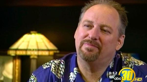 Pastor Rick Warren Asks for $900000, Receives $2.4 million