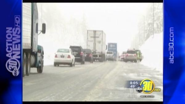 Weekend storm makes heading to the Sierra