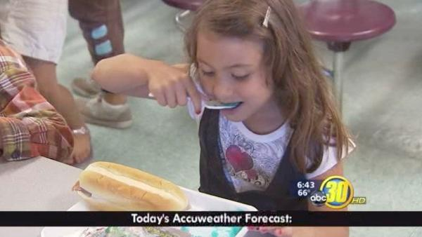 Fresno elementary schools offer free meals and reading