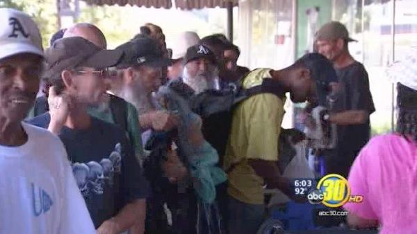Valley Muslims join together to help homeless in Fresno