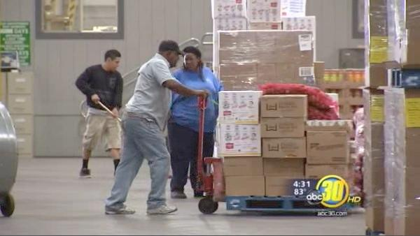 Food Bank struggles ahead of holiday rush
