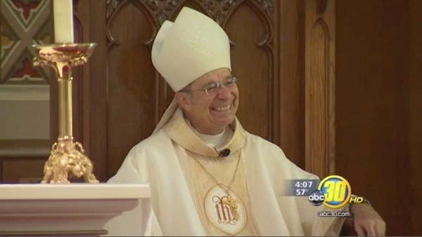 Bishop Ochoa holds first mass in the Central Valley