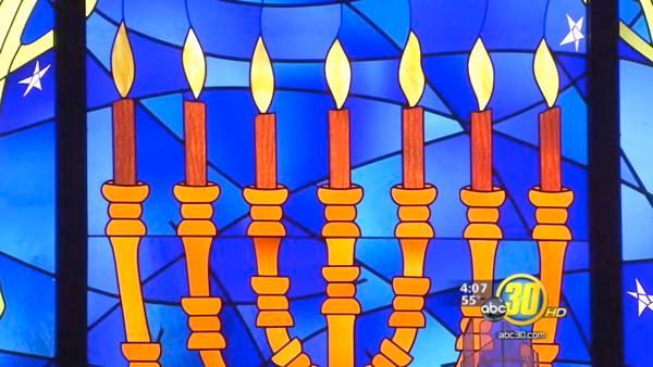 First day of Hanukkah celebrated in Fresno