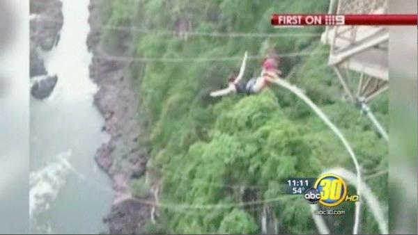 Bungee jumper falls 365 feet into crocodile infested water