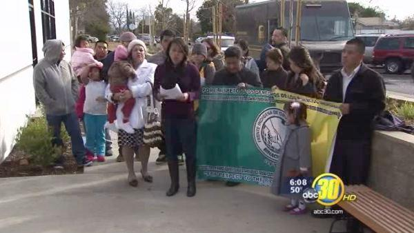 Protest in front of the Mexican Consulate in Fresno
