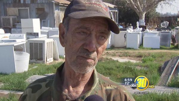 Elderly Fresno County man confronts armed robbers