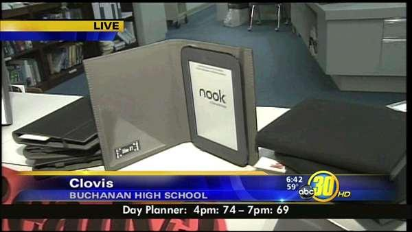 High school in Clovis makes eReaders available for check out