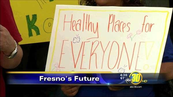 Group rallies for healthy and smart growth