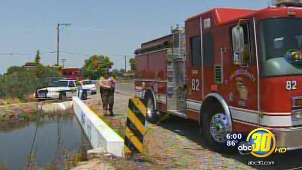 Man pulled from ponding basin dies in Fresno Co