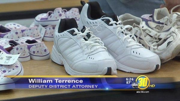 Prosecutors Association donates shoes to Kids