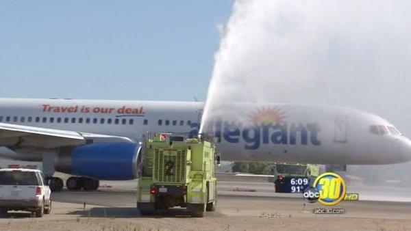 Nonstop Hawaii flight takes off from Fresno airport