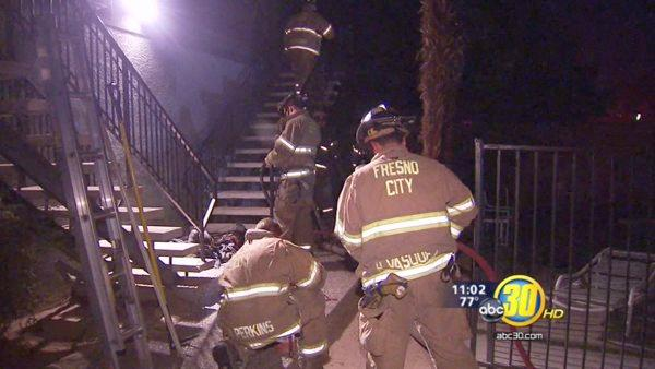 Fresno apartment fire under investigation