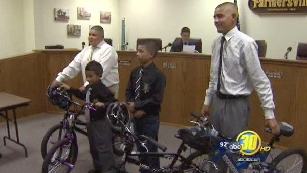 Farmersville boys who saved child from canal honored