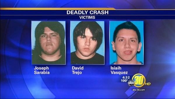 Reedley College students mourn 3 killed in crash