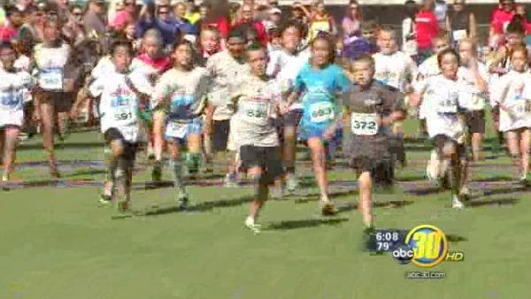 Runners hit the streets of downtown Fresno