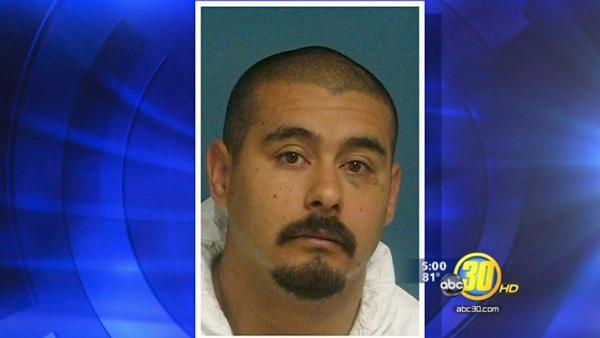Tulare Co. murder suspect stabs his attorney
