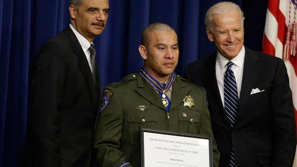 Fresno CHP officers receive Medal of Valor for bravery
