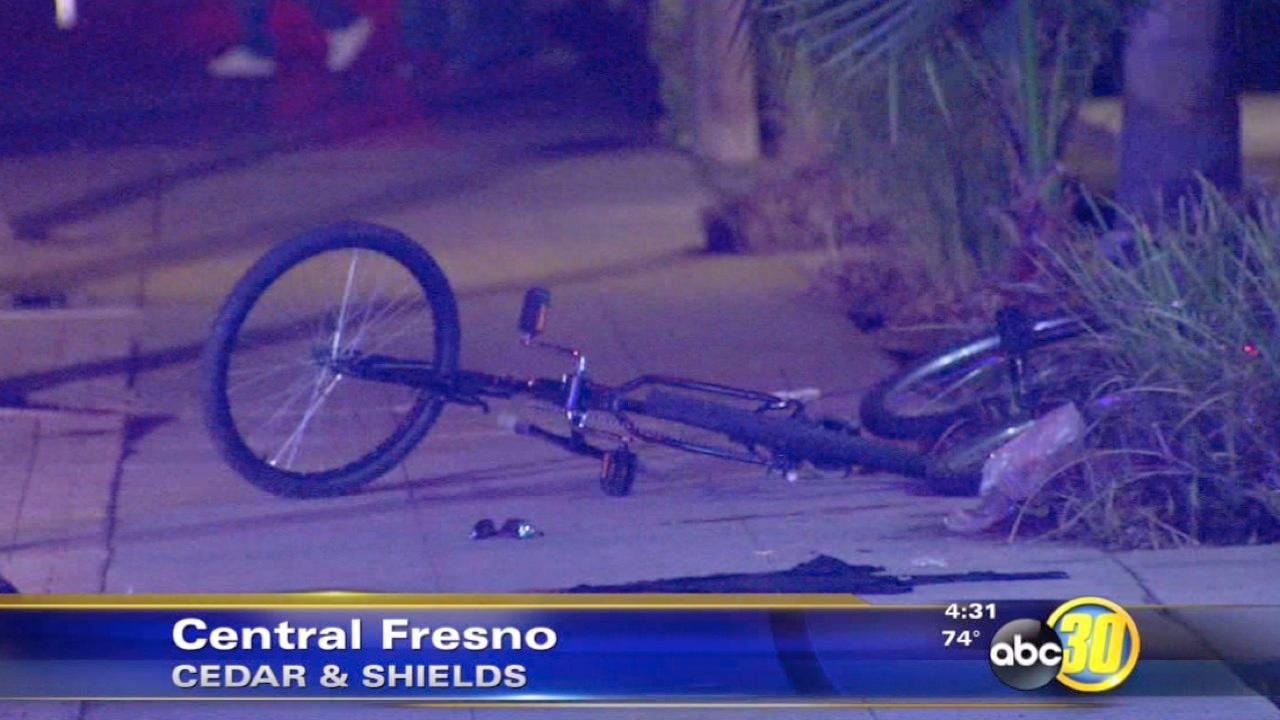 Police search for Central Fresno stabbing suspect