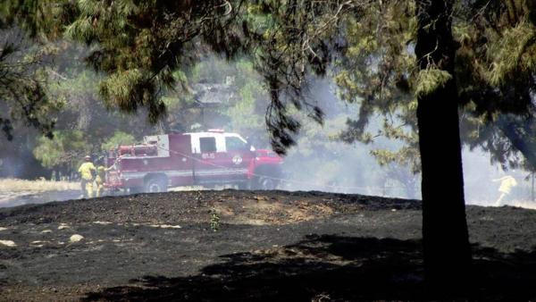 Palm Lake Apartment complex golf course fire on Dakota Avenue near Peach Avenue