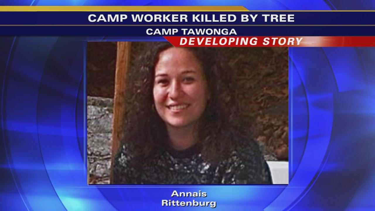 1 dead after tree falls on Groveland summer camp